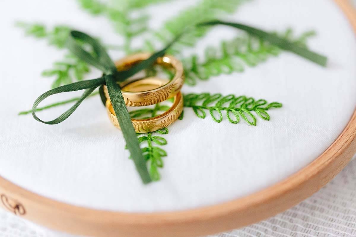 Trauringe-Eheringe aus Gold mit Lasergravur
